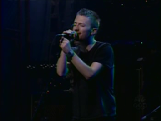 Thom Yorke singing Idioteque on SNL